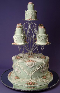 Shabby Chic Wedding Cake - English/Lambeth Overpiping - 2012