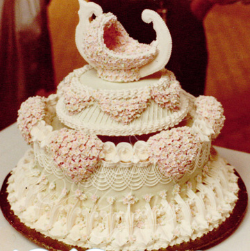 Gondola Lambeth Cake -March 1984